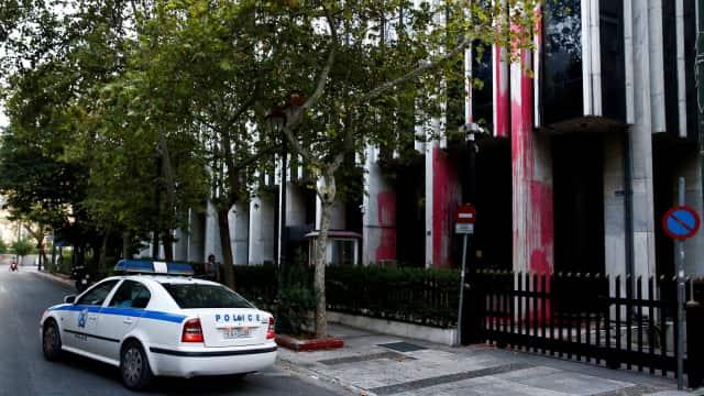 Kelompok Anarkis Yunani Protes Serang Kedubes Kanada di Athena