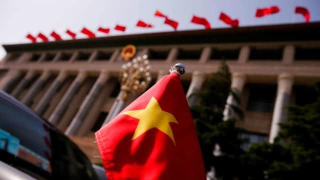 Anggota Parlemen AS Desak Facebook dan Google Lawan Peraturan Keamanan Siber Baru Vietnam