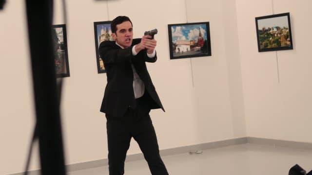 Pembunuh Dubes Rusia Dipuji dan Dikecam di Media Sosial