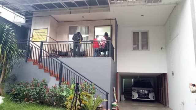 Polisi Kembali Sita Dua Rumah Bos Abu Tours di Depok