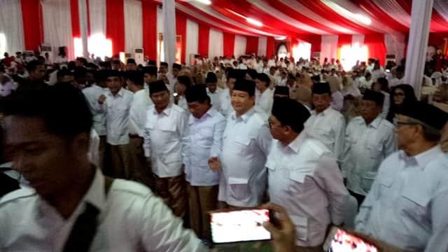 Anies-Sandi Dampingi Prabowo Hadiri HUT ke-10 Gerindra