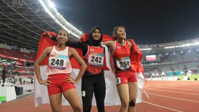 Putri, Arianti, Endang: Berlari Bersama untuk Naik Podium Sama-sama