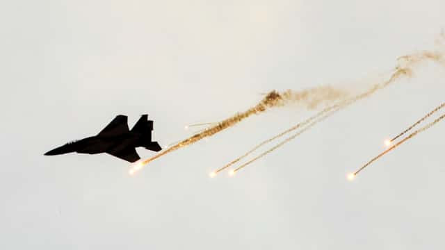 Jet Tempur Israel Tembaki Pos-pos Hamas di Gaza