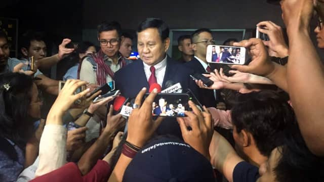 Prabowo Jenguk SBY: Bukan Bicara Pilpres, Masa Bicara Politik di RS