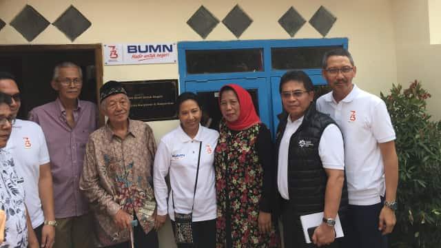 HUT ke-73 RI, Pensiunan BUMN Ini Dapat Bantuan Renovasi Rumah