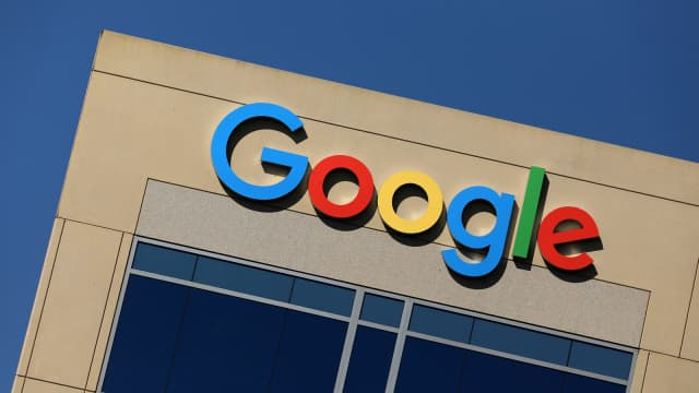 Google Paling Banyak Tampilkan Iklan di Aplikasi Smartphone