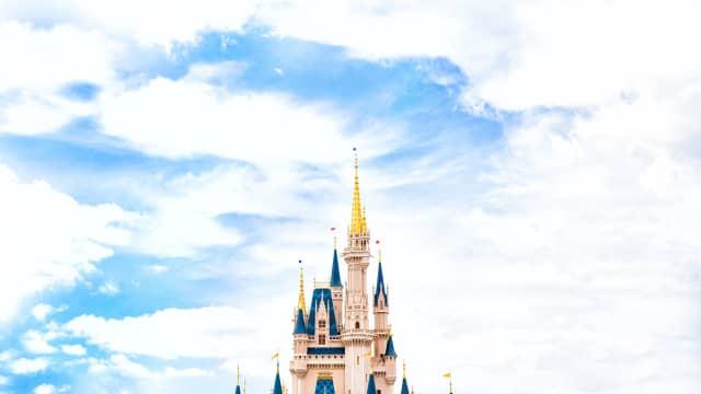 Jangan Ngaku Pencinta Disney Kalau Belum Punya Sticker Ini!