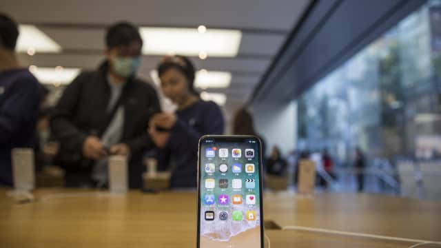 China Perintah Apple Hapus Fungsi Pemanggil pada Aplikasi iOS