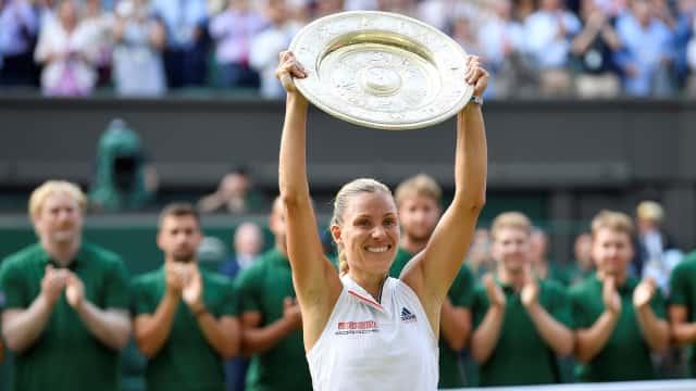 Benamkan Serena, Kerber Rengkuh Gelar Wimbledon Pertama