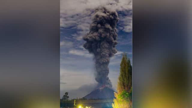 Gunung Sinabung Kembali Erupsi Dahsyat, Ketinggian Capai 3,8 Km