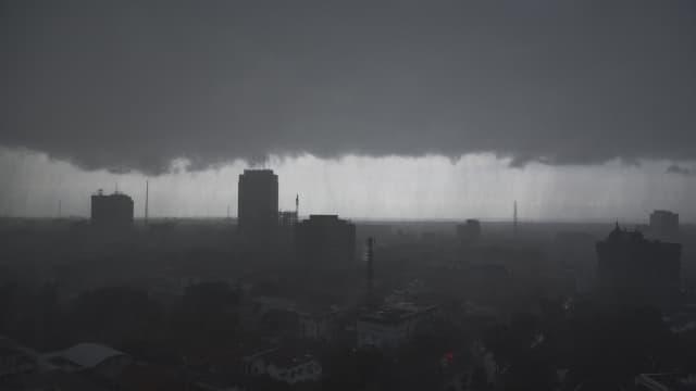 BMKG Bandung: Puncak Cuaca Ekstrem Terjadi Bulan Maret