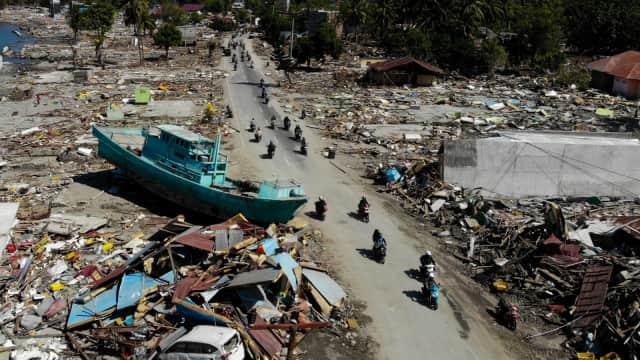 Bertaruh Nyawa di Tanah Seribu Gempa
