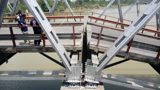 Jembatan Widang-Babat Tuban Sudah dalam Tahap Pengecoran Badan Jalan