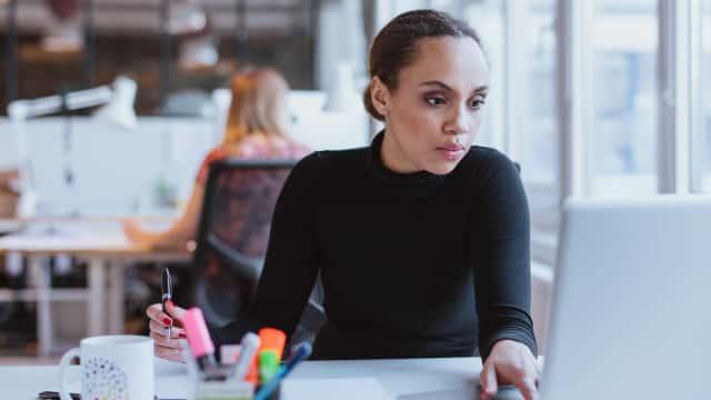 Tips Karier: 3 Hal yang Harus Dihindari agar Tetap Fokus saat Bekerja