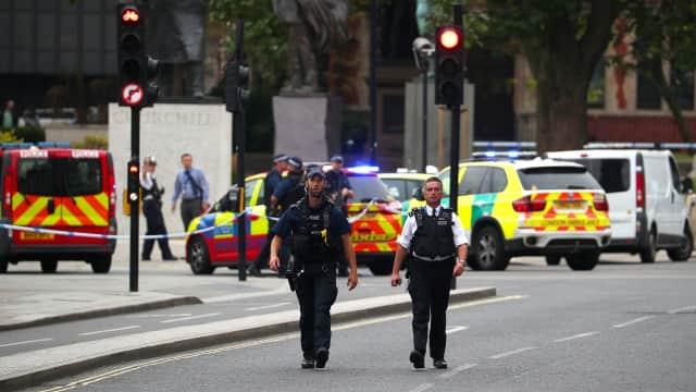 Dua Orang Terluka dalam Penabrakan di Depan Parlemen Inggris