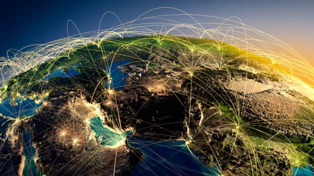 Global Internet Users: Jakarta Nomor Tiga Dunia!