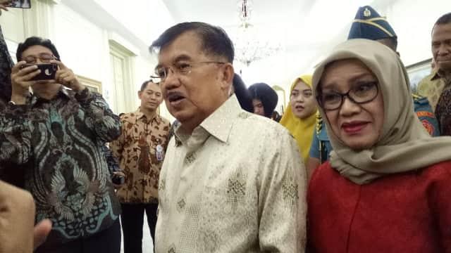 Jokowi Ulang Tahun, JK dan Mufidah Kirim Anggrek Bulan