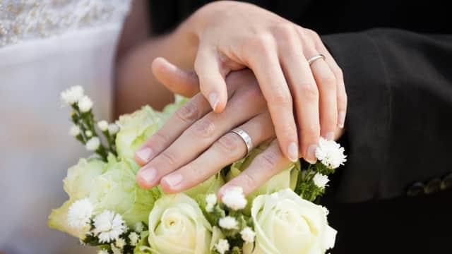 Bukan 23 Tahun, Kapan Sebenarnya Usia yang Tepat untuk Menikah?