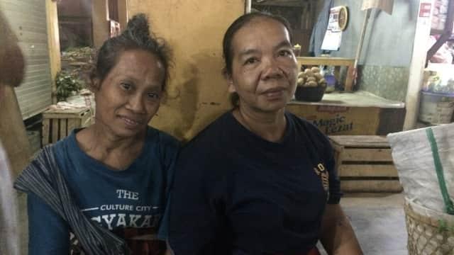 Nasib Malang Buruh Gendong di Pasar Beringharjo Yogyakarta