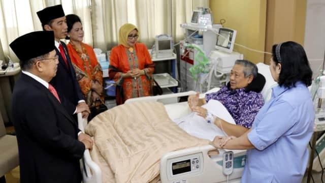 Jokowi-JK Jenguk SBY di RSPAD Gatot Soebroto