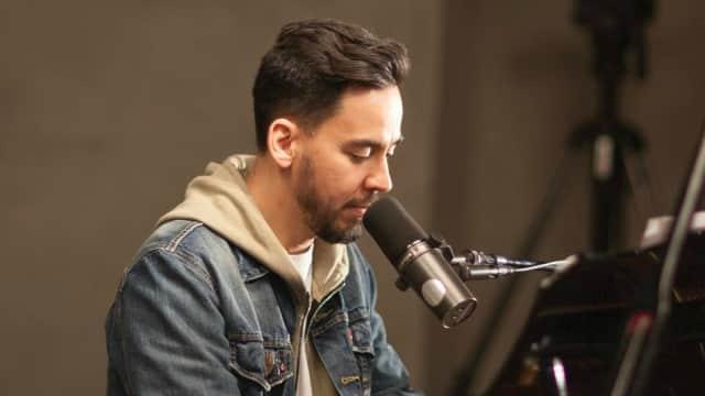 Penggemar Linkin Park Dukung Mike Shinoda Gelar Tur 'Post Traumatic'