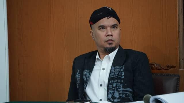 Ahmad Dhani Akui Admin Medsosnya Posting Sesuai Perintah