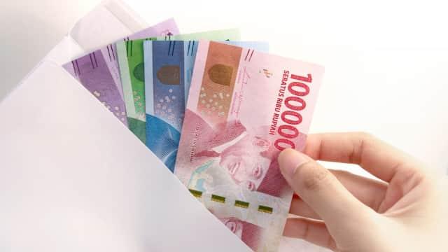 3 Cara Agar Uang Gaji Bertahan Sampai Gajian Lagi