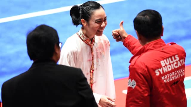 Salam dan Acungan Jempol Jokowi untuk Lindswell Kwok Sang Peraih Emas