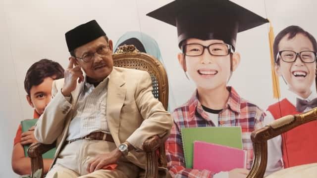 BJ Habibie: Orang Tua Jangan Rencanakan Anak jadi Presiden