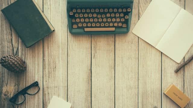 Menulis dan Sikap Kreatif
