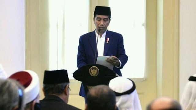 Jokowi Pantau Pilkada Serentak di Istana, Tak Memilih karena KTP DKI