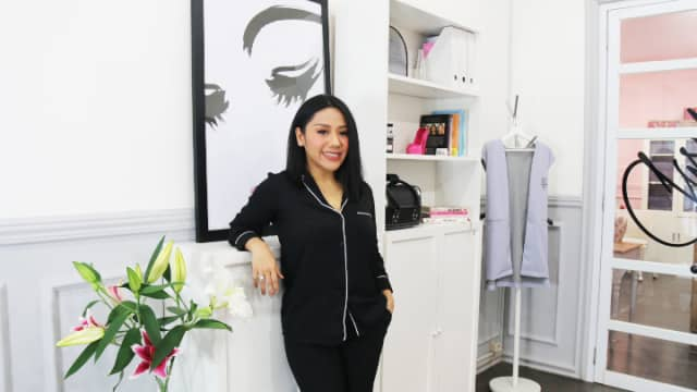 Anggie Rassly Dirikan Beauty Empire dari Kepiawaian Melukis Alis