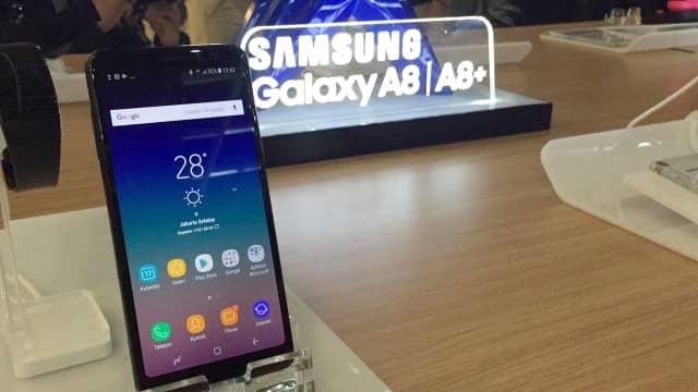 Pakai Kamera Selfie Ganda, Samsung Galaxy A8 Resmi Dijual di Indonesia