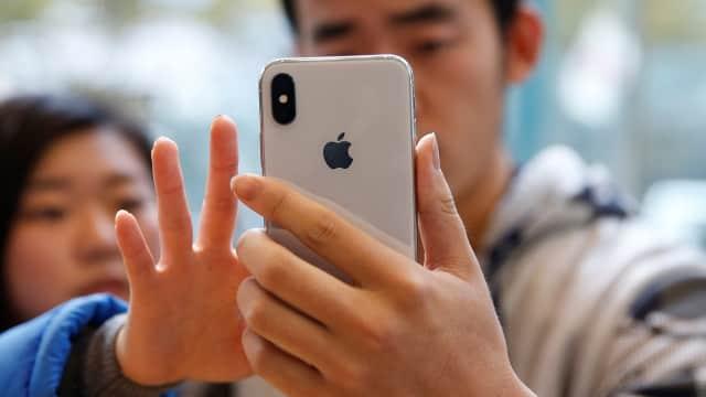 2 Kisah Bukti iPhone Tahan Banting saat Jatuh dari Ketinggian