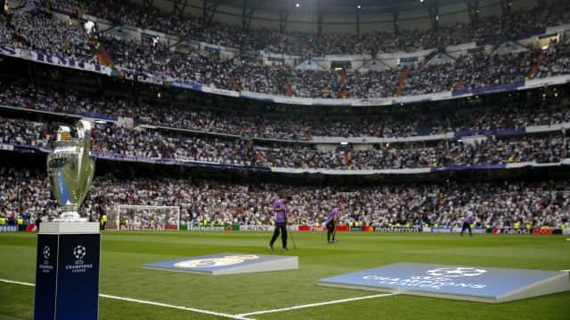 Bola Eropa: Jauh di Mata, Dekat di Hati