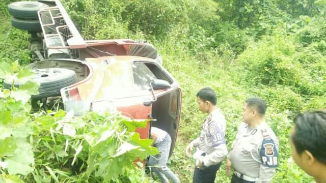 Serunya Mobil Polisi Kejar-kejaran dengan Truk Curian di Sumedang