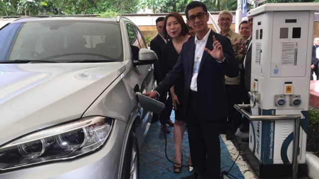 PLN: Pakai Mobil Listrik di Jakarta Jangan Takut Mogok, Ada 1.400 SPLU