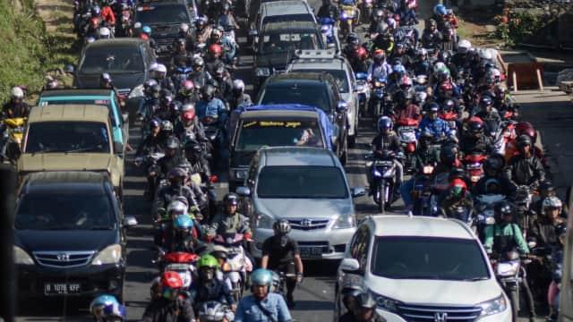 Ada Perbaikan Jalan, Tol Pondok Indah-Cilandak Macet 3 KM