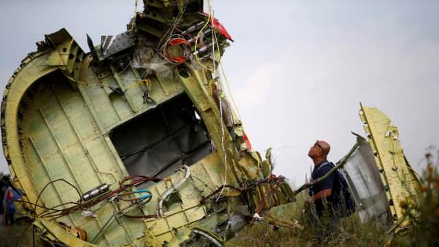 UE Desak Rusia Bertanggung Jawab Atas Penembakan Pesawat MH17