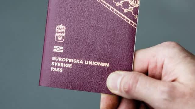 Punya Paspor Eropa, Cara Mudah Traveling ke Banyak Negara Tanpa Visa