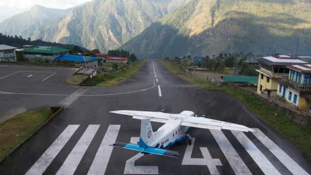 Selain Lukla, Berikut 5 Bandara Paling Berbahaya di Dunia