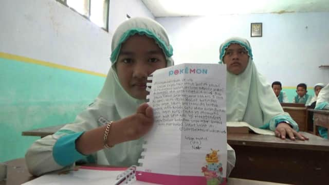 Siswi Difabel asal Probolinggo Kirim Surat Minta Kursi Roda ke Jokowi