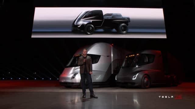 Elon Musk Beberkan Mobil Listrik Terbaru Tesla