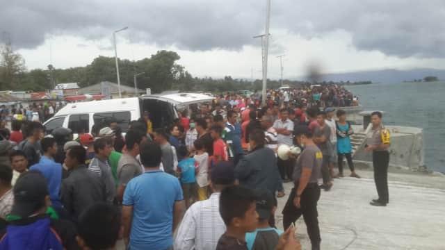 Video: Evakuasi Korban Kapal Sinar Bangun yang Tenggelam di Danau Toba