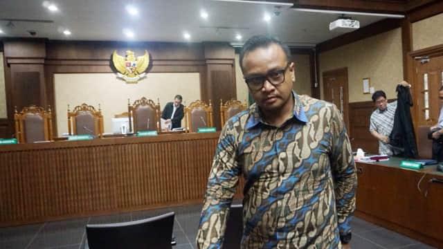 Keponakan Setnov Akui Serahkan Uang e-KTP ke Beberapa Anggota DPR