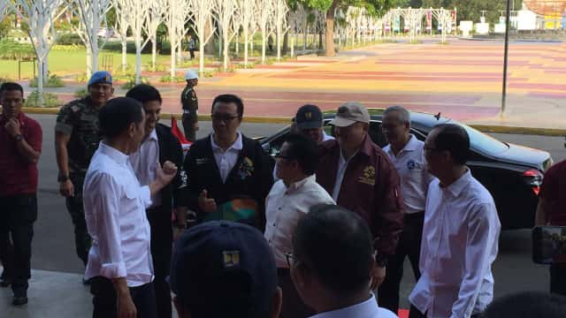 Jokowi Kenalkan Menpora Malaysia, Anak Muda Usia 25 Tahun