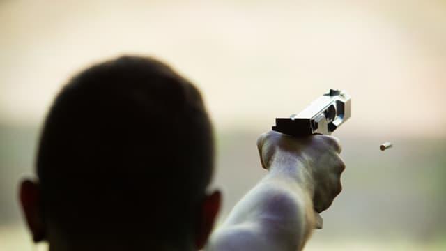 3 Tips Selamat dari Insiden Penembakan