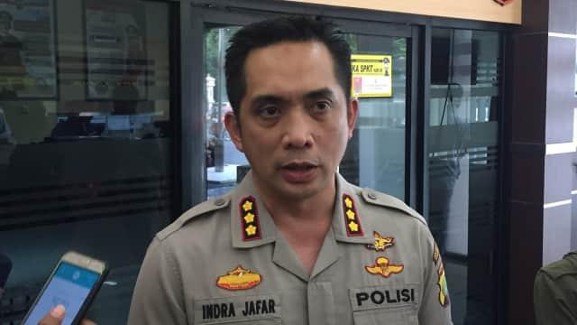 Bawa Senjata Tajam ke Polres Jaksel, Seorang Pria Diamankan Polisi