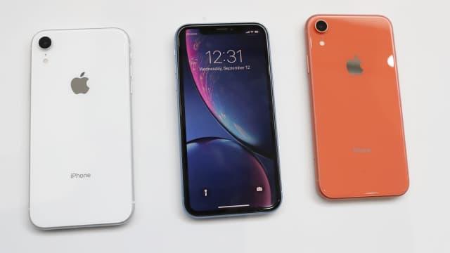 Kumpulan Meme Kocak Sambut iPhone XS, iPhone XS Max, dan iPhone XR