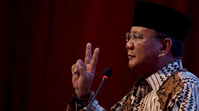 Prabowo Hadiri Pernikahan Panji Trihatmodjo dan Aryo Djojohadikusumo